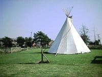Camp_in_a_teepee_and_surf_all_weeke
