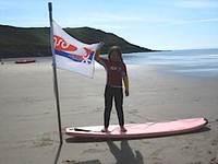 Beachbella_flying_gsd_flag_caswellb