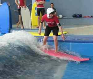 Board_riding_surfing_body_boarding_